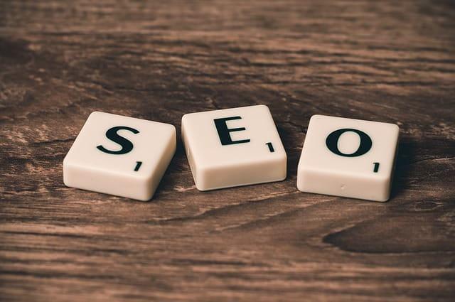 Ud over hjælp til online markedsføring yder vi også hjælp til SEO!